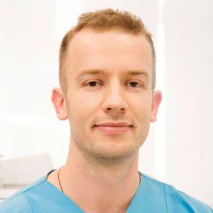 dr Nemanja Ljeskovac